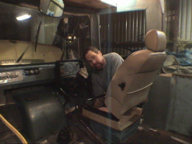 dan-fitting-seat